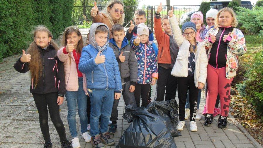 Akcja ,,Sprzątanie Świata'' w naszej szkole.